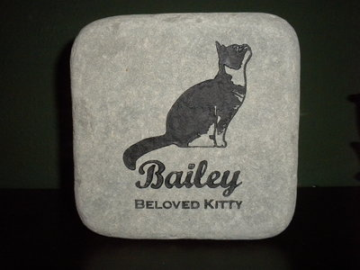 engraved-cat-memorial