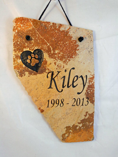 apartment-pet-memorial-plaque